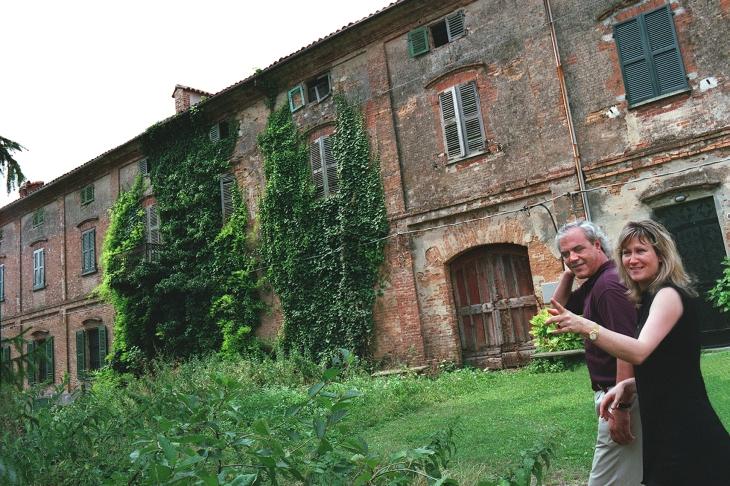 Documentary Project, Facade, Moncalvo, Italy. Photo © Douglas Kirkland.